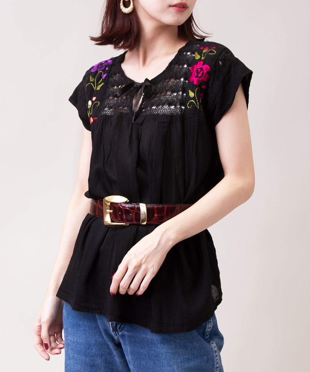 1970's Flower Embroidery Black Blouse