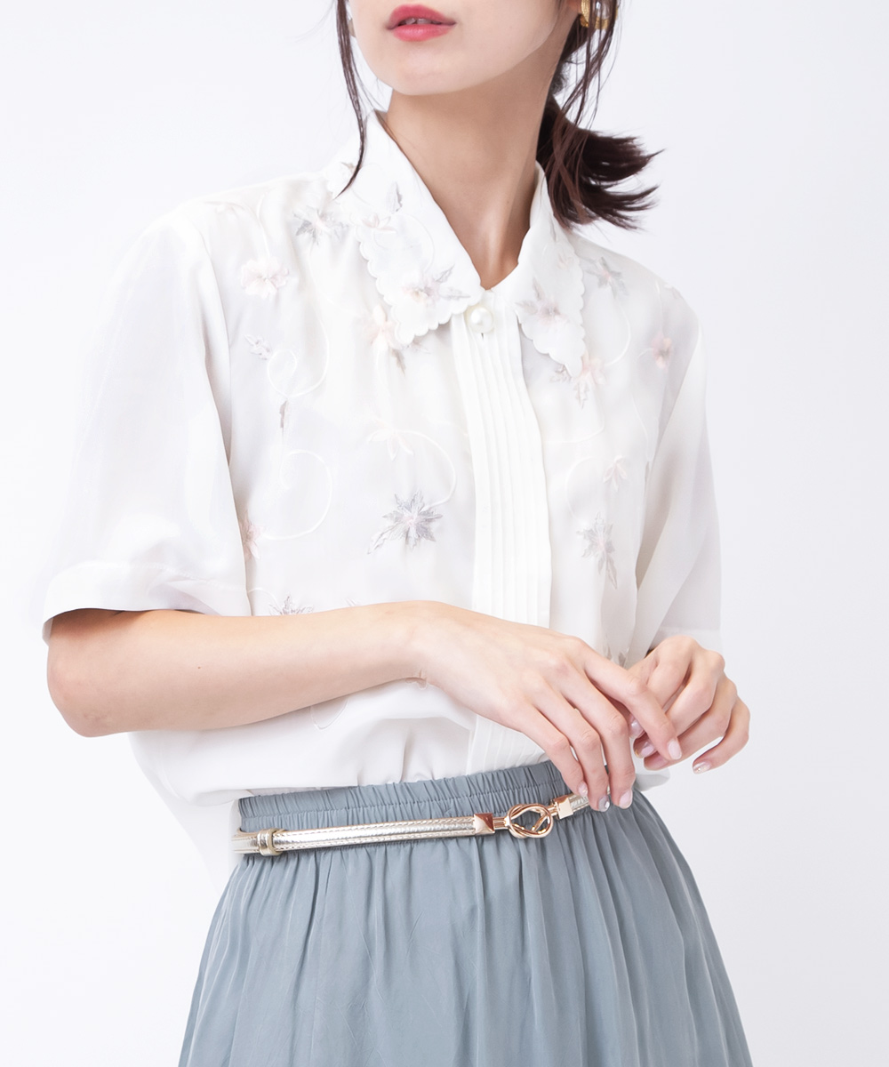 White Embroidery Flower Blouse