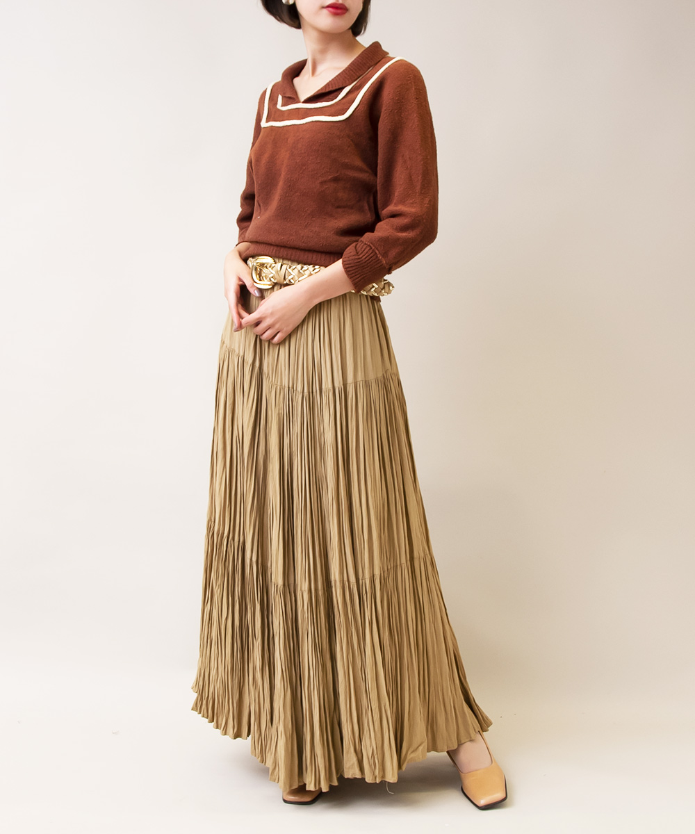 【Brown Knit + Mustard Tiered Skirt + Gold Belt】3点
