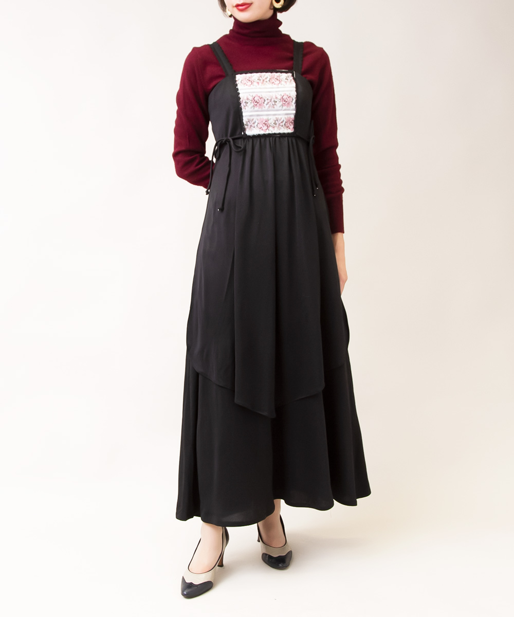 【1970's Black Flower Dress + Wine Red Neck Knit】2点