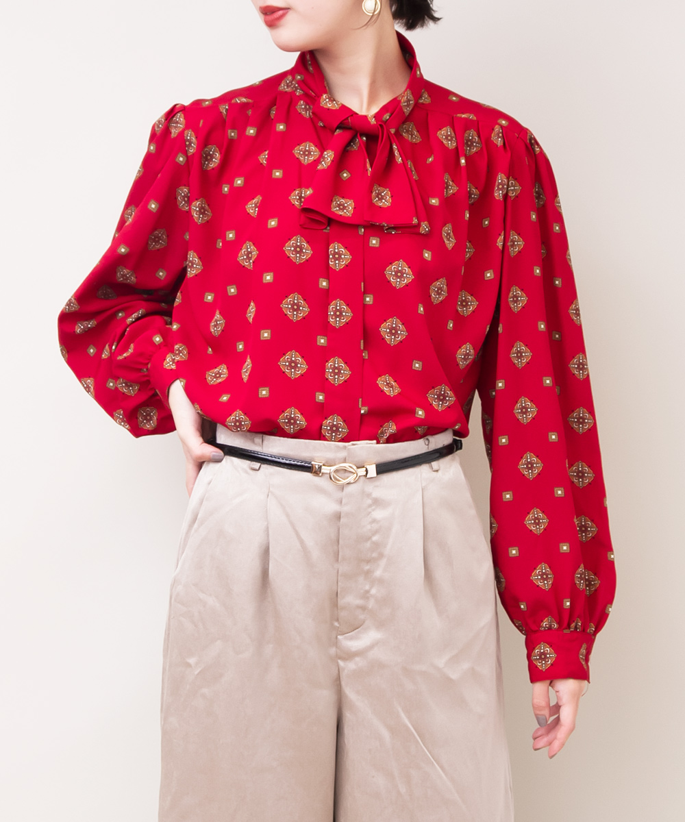 Red Oriental Print Ribbon Tie Blouse