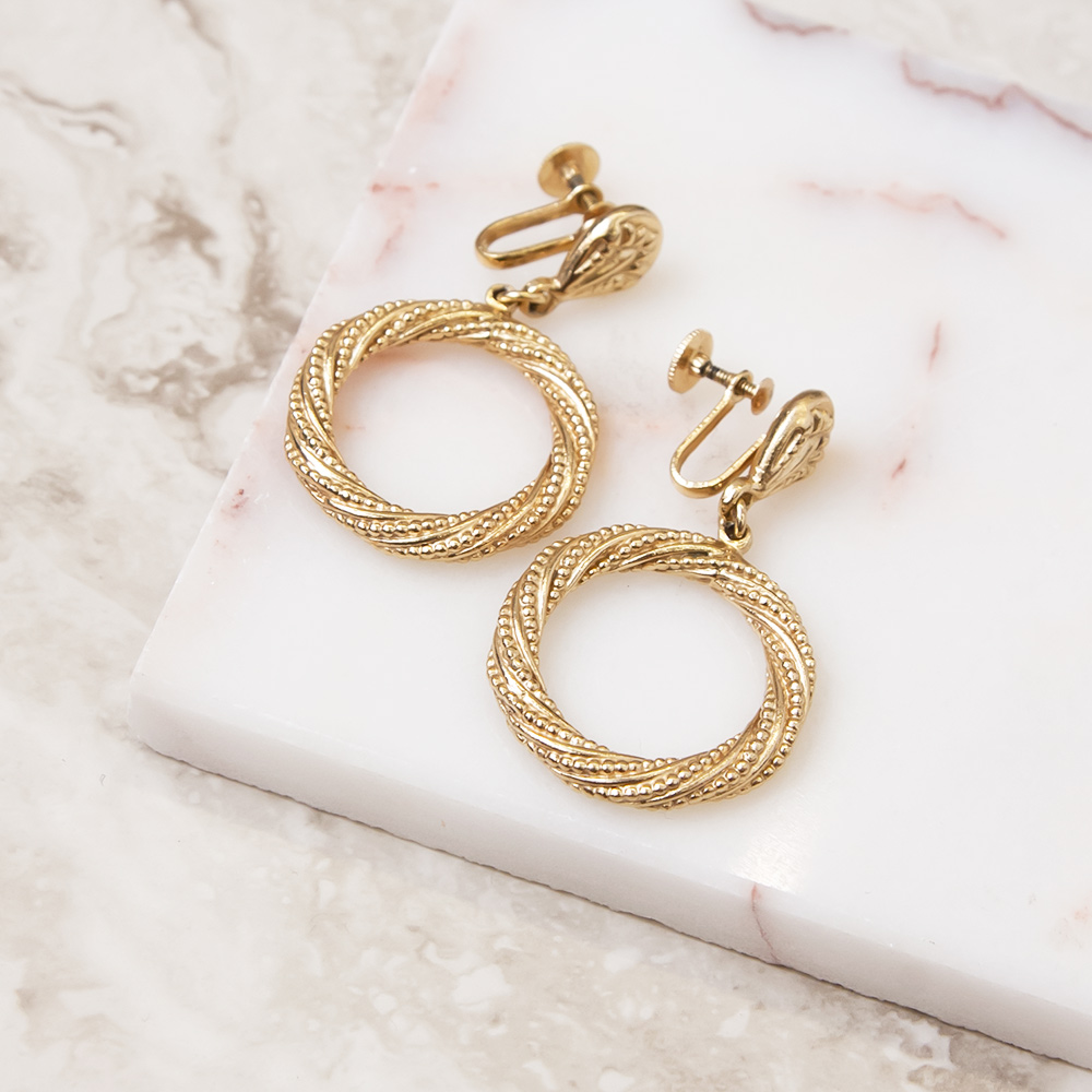 Gold Ring Design Earring