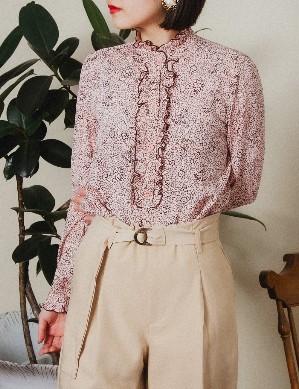 Pale Pink Flower Front Frill Design Blouse