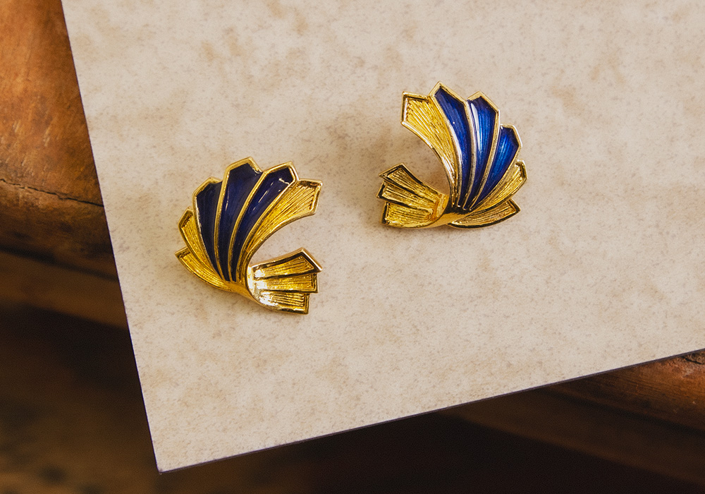 Gold × Blue unique Design Pierce
