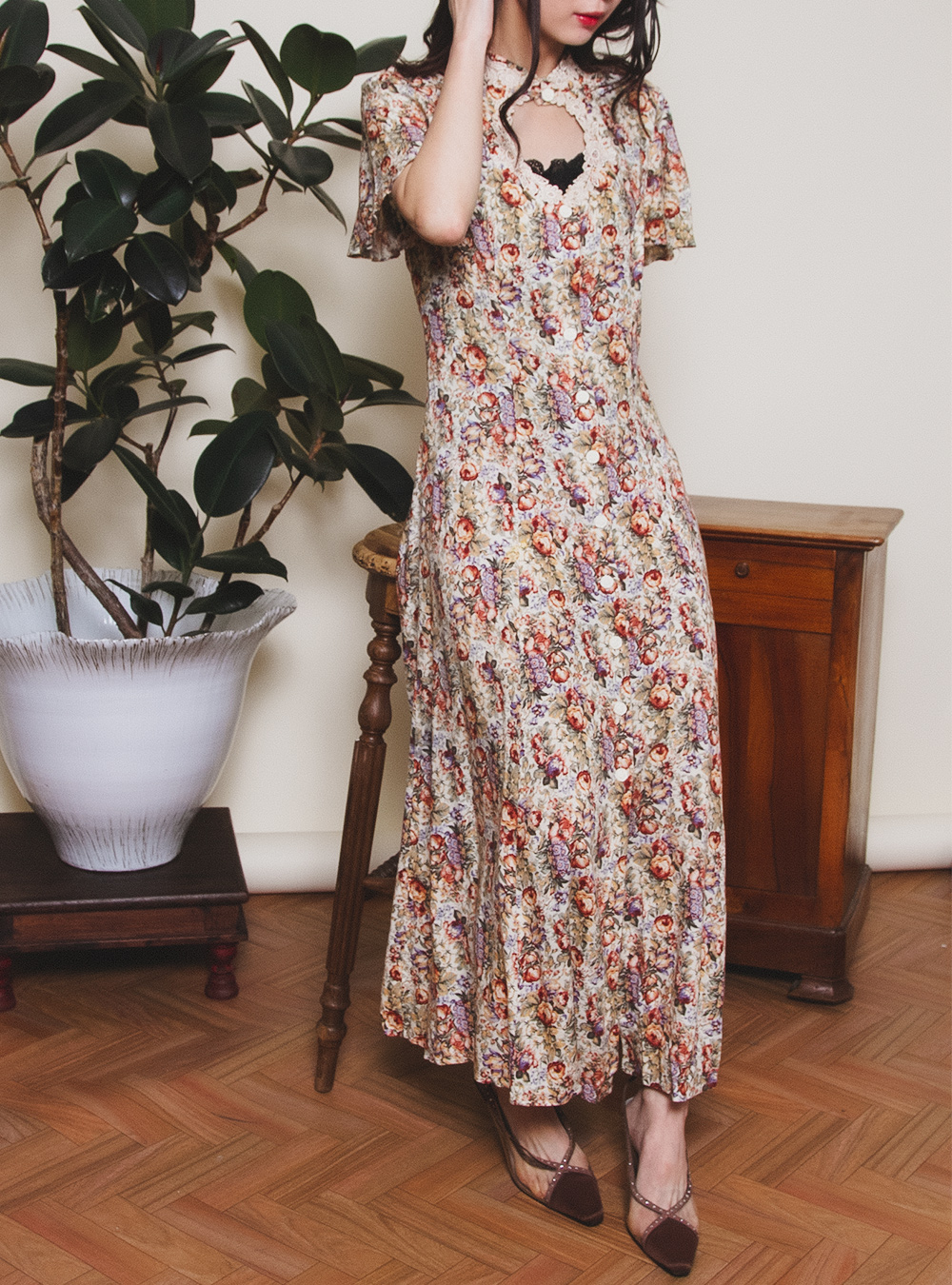 Open Design Flower Dress