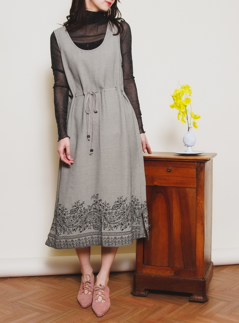 Monotone Paisley Flower Print Dress