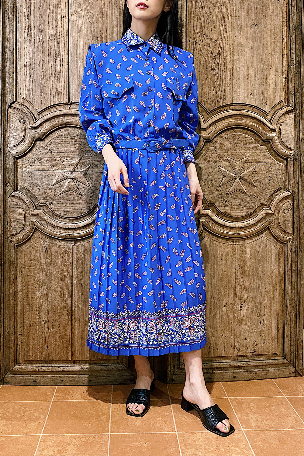 Blue Oriental Paisley Print Pleats Dress