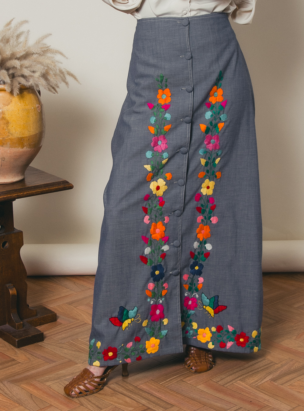 1970's Flower × Butterfly  Embroidery Skirt