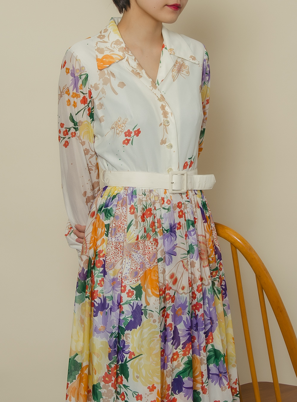 1970's White Design Art Flower Dress