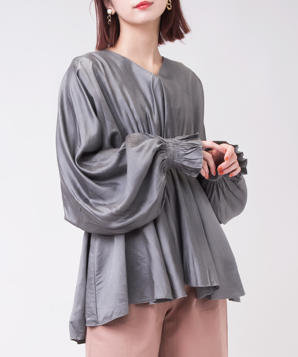 【SELECT ITEM】 Drape Design Shiny Tops -Gray-