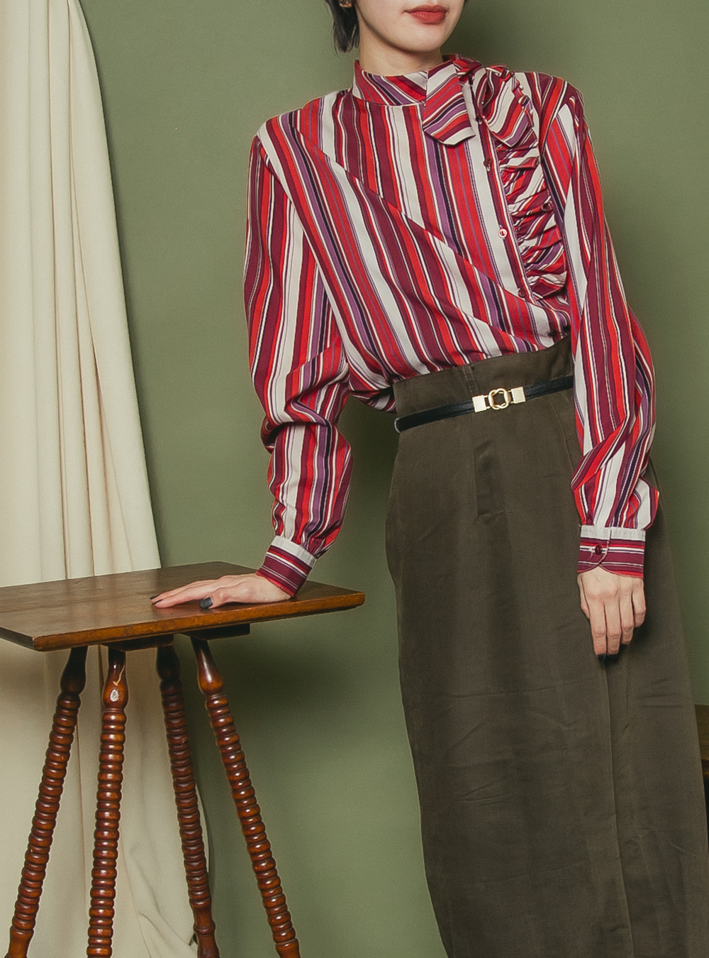 1970's Stripe Design Tie Blouse