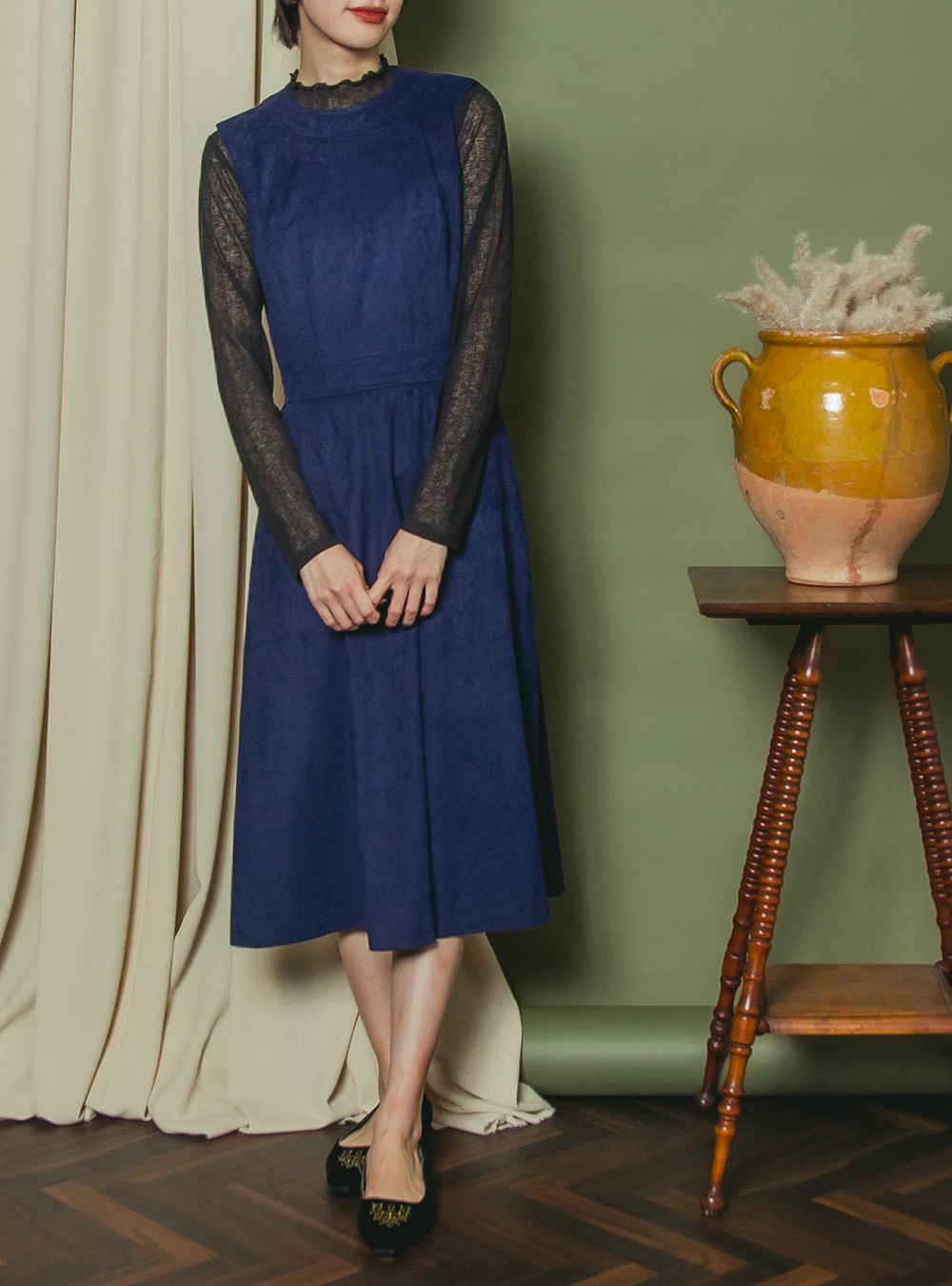1970's  Navy Design Sleeveless Dress