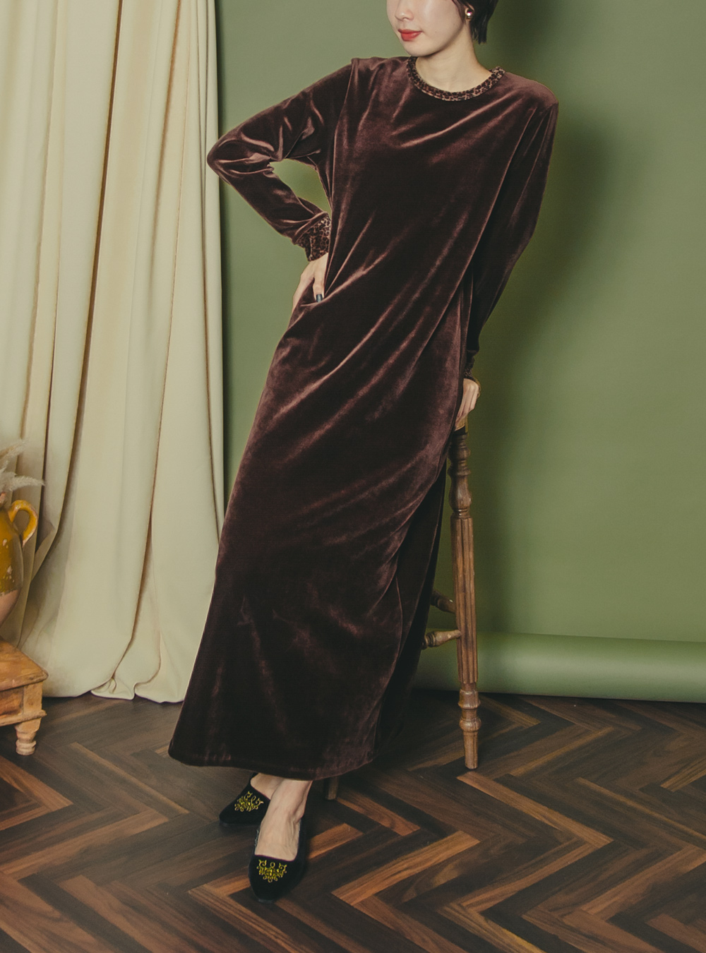Brown Design Velvet Dress