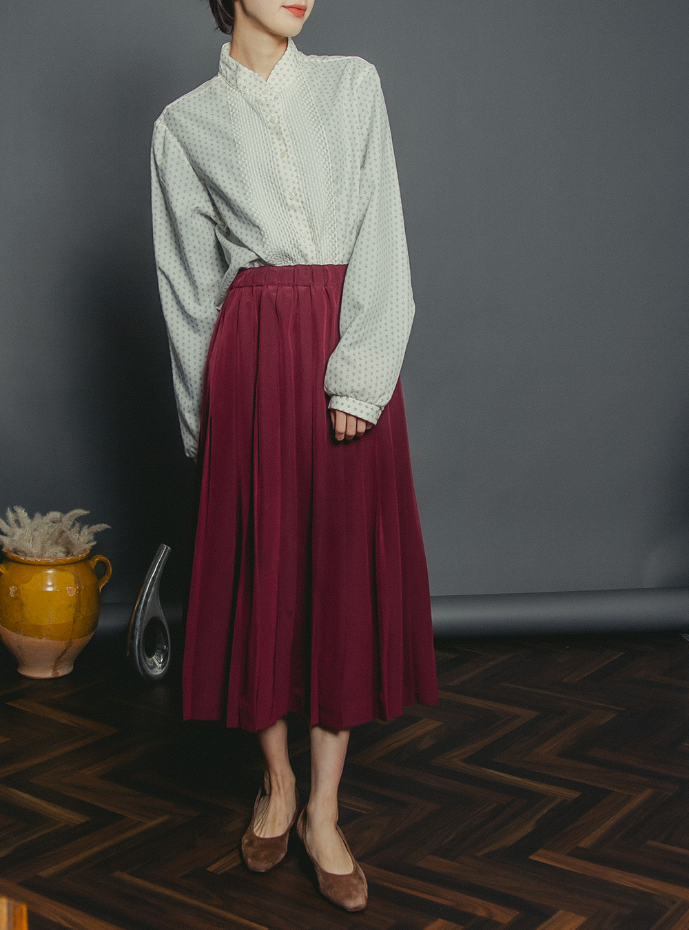 Wine Red Color pleats Long Skirt