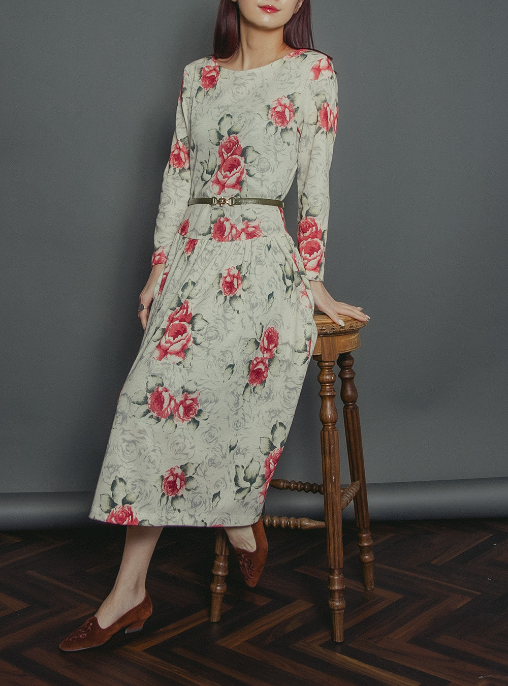 1970's White Rose Design Print Dress