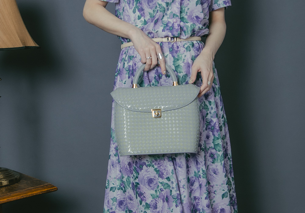 Gray × Beige Check Hand Bag