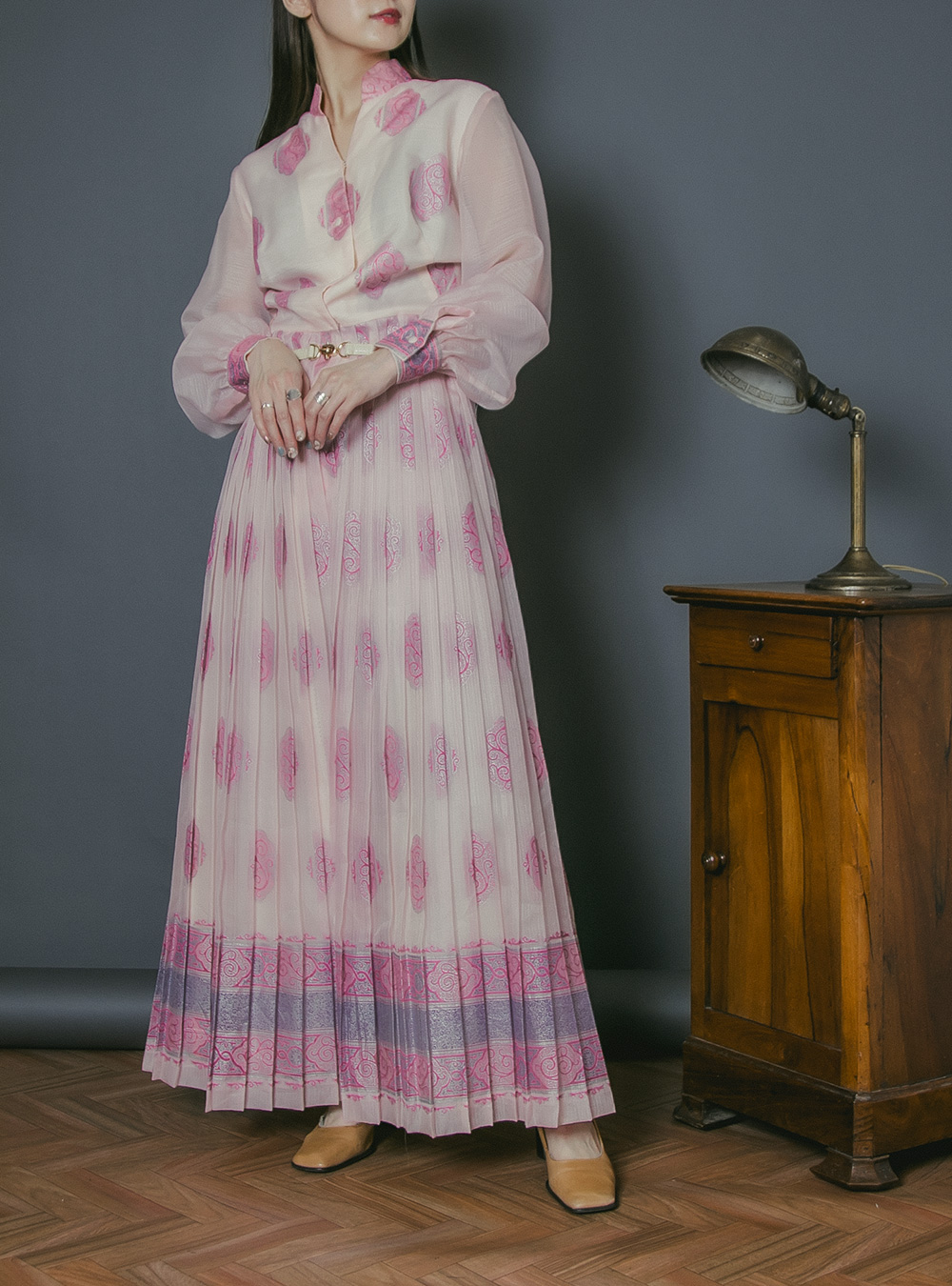 1970's Pink Oriental Pleats Design Dress
