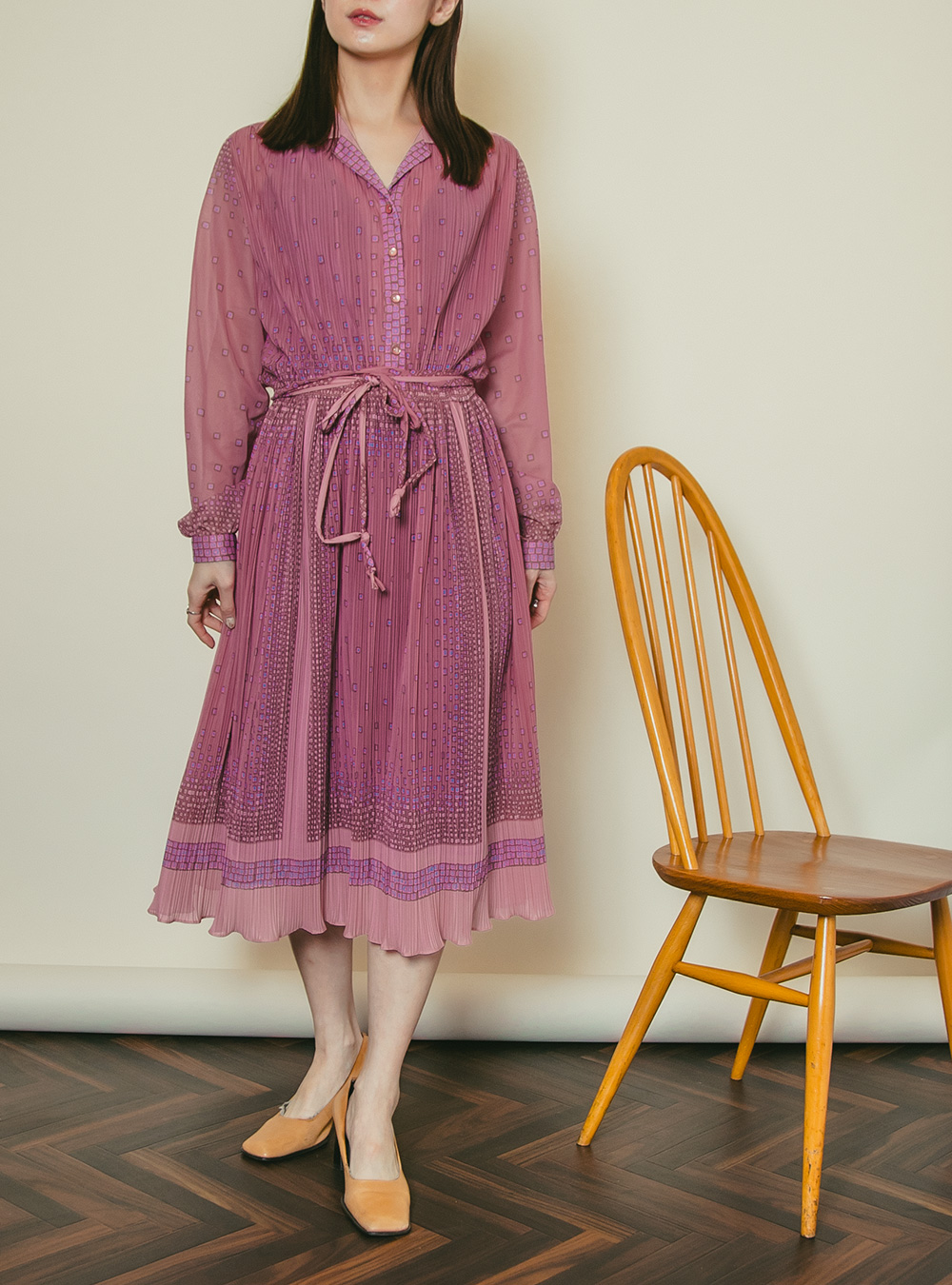 1970's Pink Crystal Pleats Shirt Dress