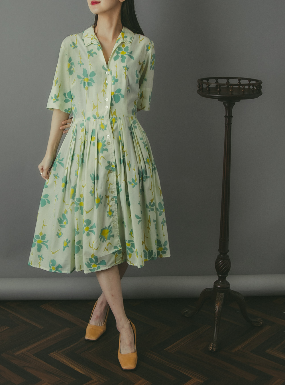 1950's Ivory × Mint Green Flower Print Shirt Dress