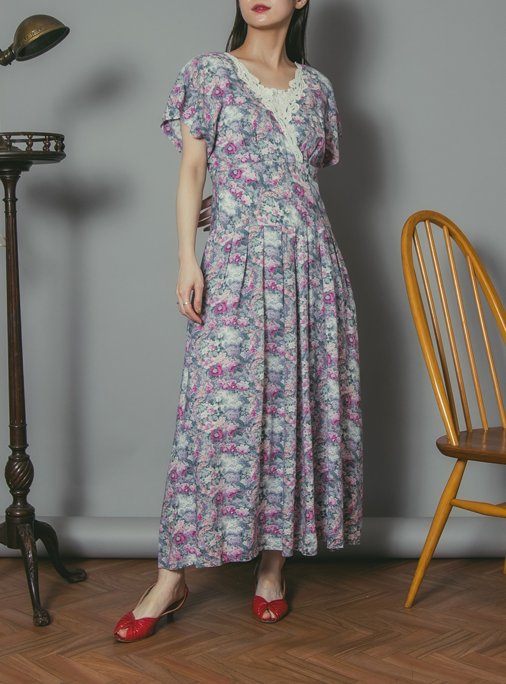 1970's Pink × Blue Flower Print Dress